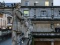 roman_bath_statues